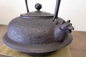 鉄瓶 文福茶釜形