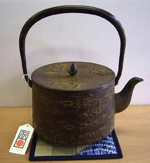 鉄瓶 桜皮寸筒(1.6L)