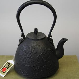 鉄瓶 南部型牡丹(大) 1.6L